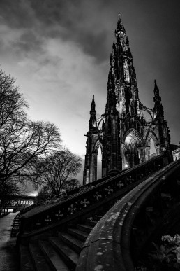 The Scott Monument B&W